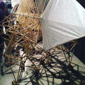 Strandbeest de Theo Jansen en Espacio Fundación Telefónica. Fuente: Sara García